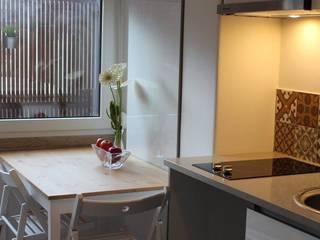 Recuperação de Estúdio: Salas de jantar modernas por Gabiurbe, Imobiliária e Arquitetura, Lda