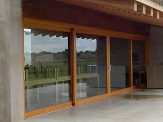 Montebayón Recreational Property Modern windows & doors by Ignacio Quemada Arquitectos Modern