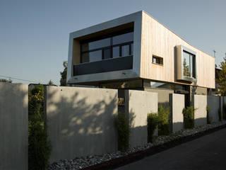 Modern Houses by benjamin miatto Architektur+Gestaltung Modern