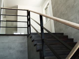 미루디자인 Modern Corridor, Hallway and Staircase