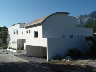 房子 by Moya-Arquitectos, 現代風