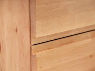schokowerkstatt, die|frauenmöbelwerkstatt Corridor, hallway & stairs Drawers & shelves Wood Beige