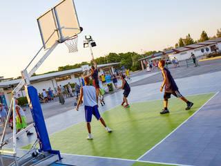 Costruire un Campo da Basket Giardino moderno di Joker Floors Moderno