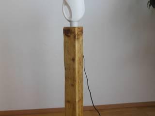 Stehlampe/Holzlampe ! Upcycling ! Ausgefallene Ankleidezimmer von Holzsteinkunstobjekte Ausgefallen