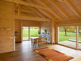 Wohnscheune :  Esszimmer von Steinkogler Aigner Architekten