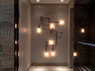 Pasillos y vestíbulos de estilo  de Marcelo Rosset Arquitetura, Moderno
