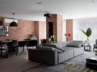 Ap. adaptado - cadeirante Salas de jantar modernas por Marcelo Rosset Arquitetura Moderno