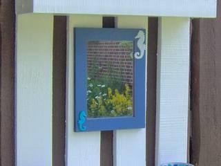 Regal / Spiegel aus Holzpalette:   von FARBENREICH