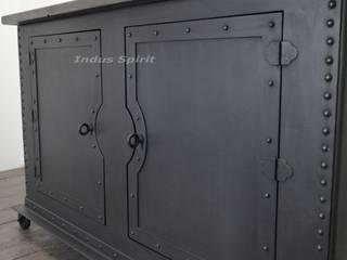Buffet industriel riveté métal et bois par Indus Spirit Industriel