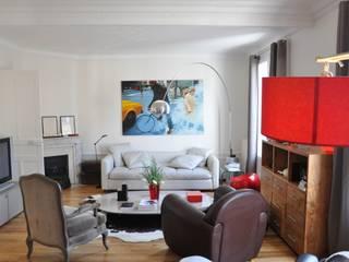 Vue du salon: Salon de style de style Moderne par FEDON VAN OORSCHOT