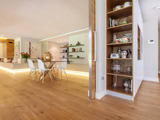 Fotografía de interiores para Tarimas de Autor en Monte Alina: Salones de estilo moderno de Luzestudio Fotografía