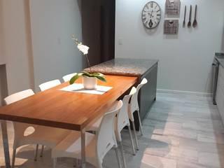 Reforma de Comedor Cocinas modernas: Ideas, imágenes y decoración de CASA LEIRO Moderno