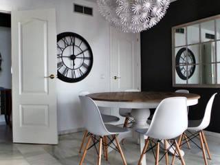 Proyecto de interiorismo residencial en Marbella: Comedores de estilo  de Estudio Reverso
