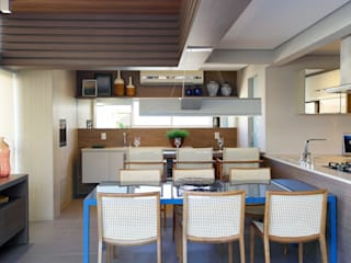 モダンな キッチン の Amanda Carvalho - arquitetura e interiores モダン