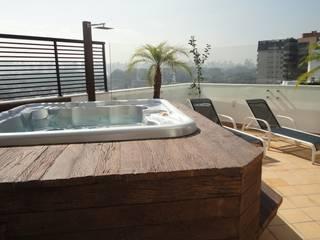 Cobertura Vila Nova Conceição / São Paulo Varandas, alpendres e terraços rústicos por FernandesMelo Arquitetura e Engenharia Rústico