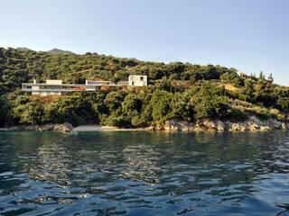 buerger katsota zt gmbh Rumah Gaya Mediteran Batu Grey
