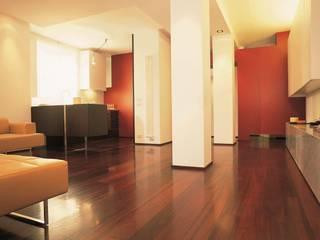 GIʎNT® PADOUK ROSSO AFRICA Ingresso, Corridoio & Scale in stile asiatico di Ciambella Legnami Srl Asiatico
