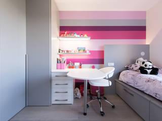 LA CUISINE DANS LE BAIN SK CONCEPT Eclectic style nursery/kids room