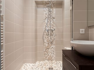 LA CUISINE DANS LE BAIN SK CONCEPT Modern bathroom