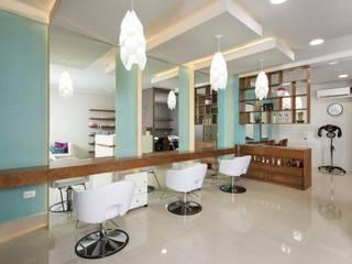 LGZ Taller de arquitectura Modern offices & stores Ceramic Beige