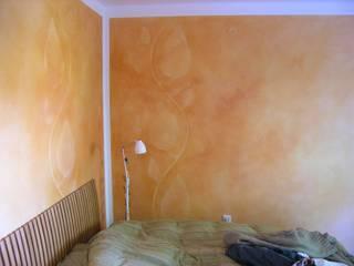 Variation in Ockertönen:  Schlafzimmer von Gennadi Isaak