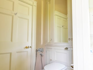 Near Bath, Somerset Guest Bathroom designed and made by Tim Wood Classic style bathroom by Tim Wood Limited Classic
