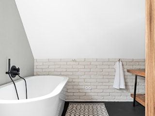 Baños de estilo escandinavo de OIKOI Escandinavo
