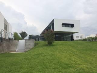 Moderner Garten von STAHLBETON DESIGN Modern