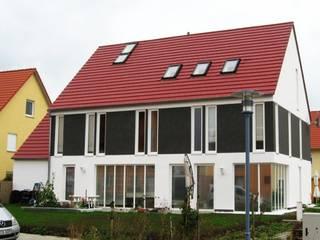 Haus Se: industriale Häuser von Johannes Ruscheinsky Architekt