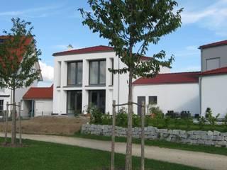Haus St: ausgefallene Häuser von Johannes Ruscheinsky Architekt