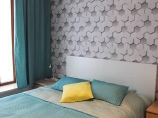 Mieszkanie 55m2 Warszawa, dla singla, pracującego w Warszawie Nowoczesna sypialnia od Studio Projektowania doMIKOart Nowoczesny
