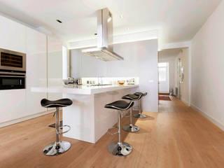 Apartament in Madrid Simona Garufi Cocinas de estilo minimalista