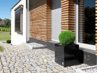 Donica Regular: styl , w kategorii  zaprojektowany przez Modern Line