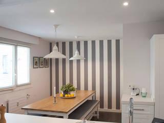 Kitchen by Gumuzio&MIGOYA arquitectura e interiorismo, Classic