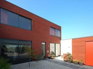 VILLA DE WAARD MENSINK, Ijburg, Amsterdam KENK Architecten: moderne Huizen door KENK architecten