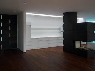 Waterhouse Minimalistische Küchen von Architekt Zoran Bodrozic Minimalistisch