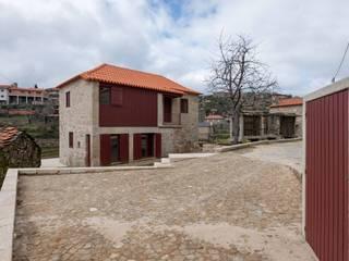 country Houses by André Eduardo Tavares Arquitecto