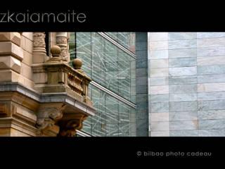 Fotografia exclusiva para vinilos de pared. Salas multimedia de estilo moderno de Bilbaophotocadeau. Moderno