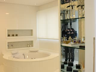 modern Bathroom by Leticia Prodocimo - LPA ARQUITETURA