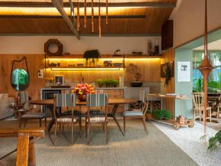 Столовые комнаты в . Автор – Marina Linhares Decoração de Interiores