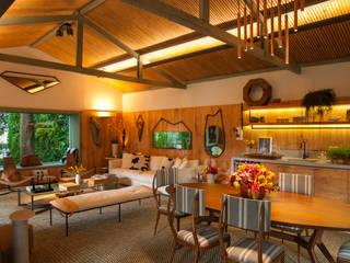 Marina Linhares Decoração de Interiores Tropische Wohnzimmer