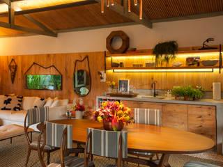 Cuisine de style  par Marina Linhares Decoração de Interiores
