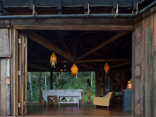 IR arquitectura Country style dining room Solid Wood Wood effect