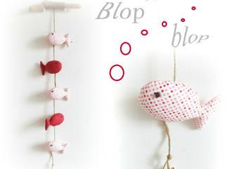 Décoration chambre d'enfant, bois flotté et poissons tons de rose ,suspendus.Originale et unique. par Le Monde des Bibbous Méditerranéen