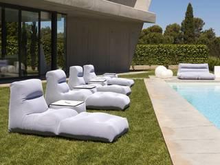 Terraza y Jardín:  de estilo  de Regaldekor