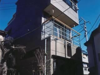 南側: 有限会社 高橋建築研究所が手掛けた家です。