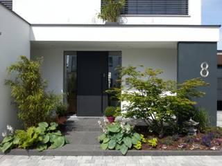 Projekty, nowoczesne Domy zaprojektowane przez moser straller architekten