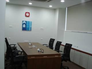 Trung tâm Hội nghị theo Global Associiates, Công nghiệp