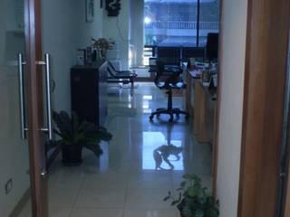 Офисы и магазины в . Автор – Global Associiates, Минимализм