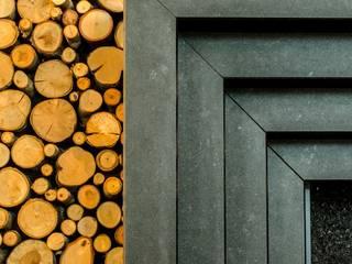 Kamin aus Nero Assoluto Arnold Puzicha GmbH Klassische Wohnzimmer Stein Schwarz
